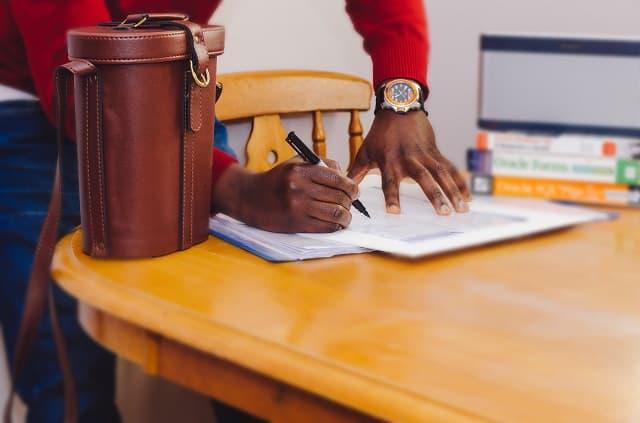 lei da aprendizagem diz sobre contrato para jovem aprendiz